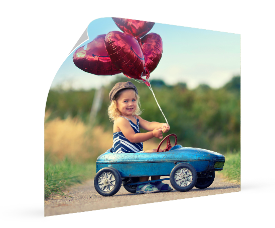landing-poster-fille-ballons-auto